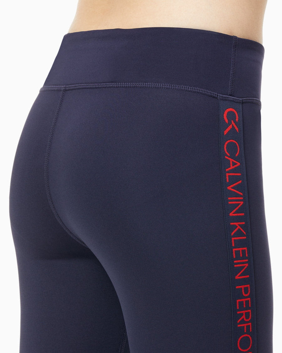 캘빈클라인 퍼포먼스(CALVIN KLEIN PERFORMANCE) 여성 로고 테이핑 풀 렝스 레깅스_4WH9L612_484
