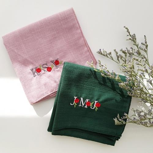 장미꽃 자수 이니셜 손수건