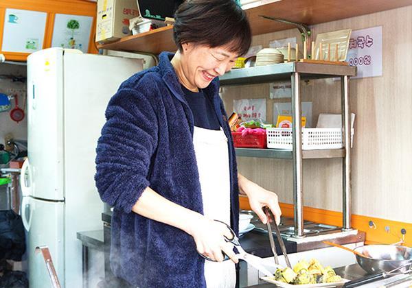 【김현미 씨】 입맛을 사로잡는 엄마네 상추튀김을 기대하세요