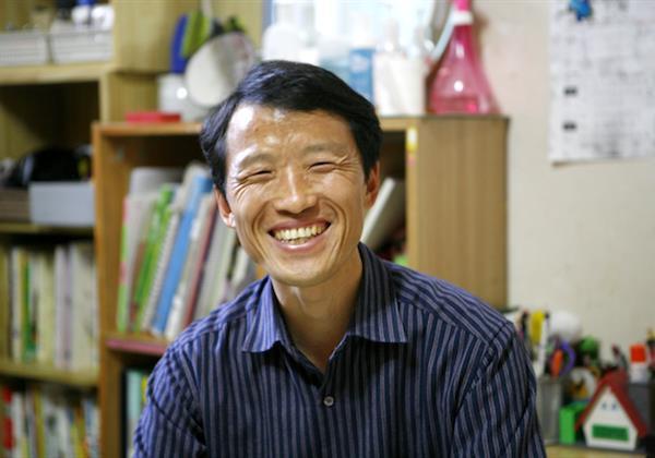기프트카를 타고 더 밝은 미소를 전하는 오영배 씨