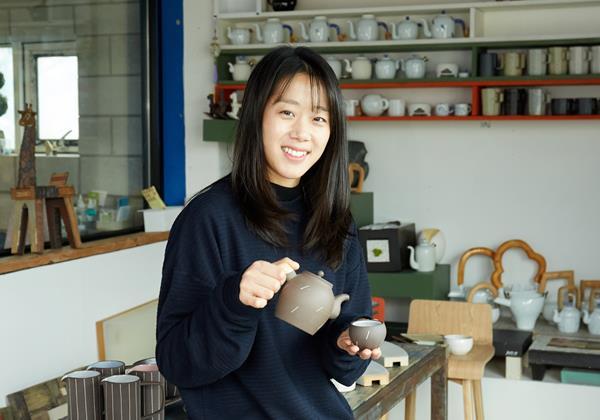 [고윤영 씨] 자연과 멋을 담은 도자기 그릇을 빚습니다.