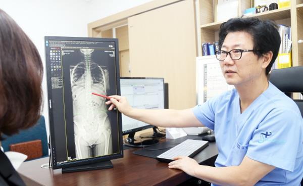 비수술적 척추치료