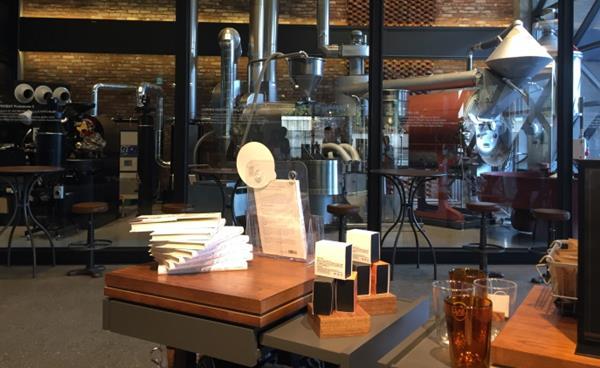 역삼동 커피 연구소 '이디야 커피랩 '
