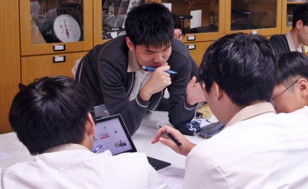 창의융합 스팀(STEAM) 프로그램 개발해 교육과정에 적용한