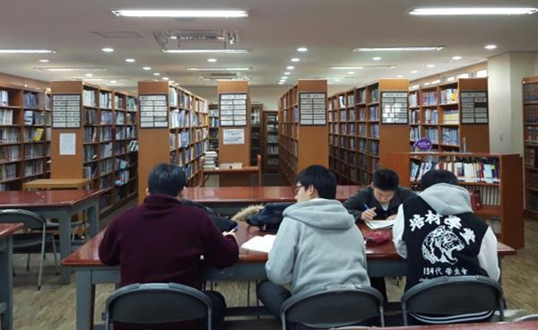 도서관 중심 독서프로그램 & 다양한 독서활동 펼치는 우리지역 고등학교