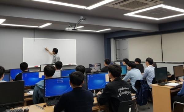 (주)현대CAD디자인직업전문학교, K-Move스쿨 운영기관 선정