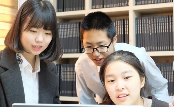 수학과 코딩에 관심사를 융·복합하는 대안학교