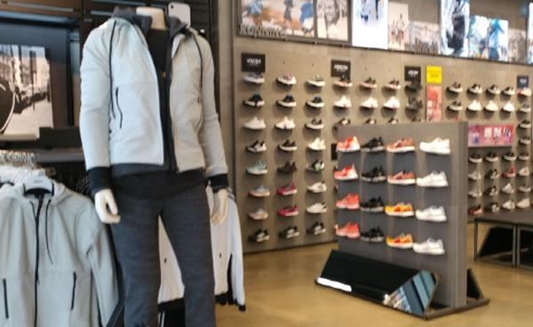 송파 아울렛 매장에서 가성비 쇼핑