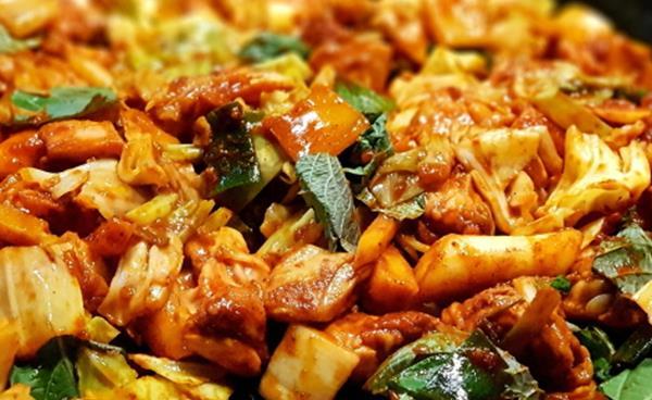 닭갈비의 진수, '신미경정통춘천닭갈비'