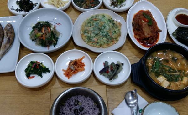 신논현역 맛집 '위대한 밥상 영광'