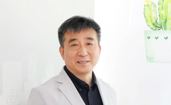 인터뷰 - 중산고등학교 역사 교과 이봉규 교사