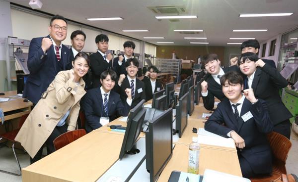 영진전문대학교 '일본전기반' 청년취업 좋아요