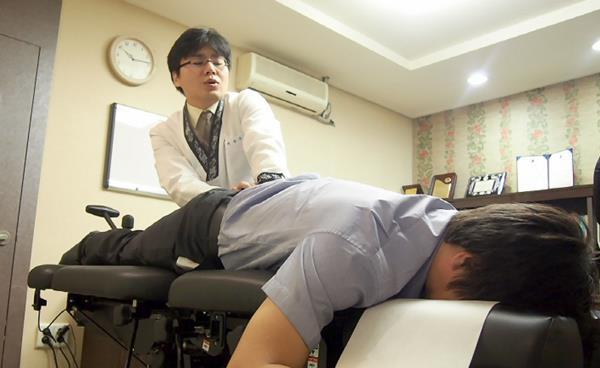 교통사고 후유증의 한의원 치료는 어떻게 하나?