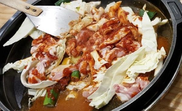이남희 독자 추천 '도담촌 항아리닭갈비' 식사동점