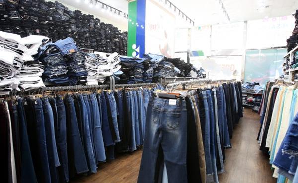전국 최저가 청바지 할인매장 '쪼리원당점' 봄 신상품 대축제