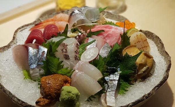 압구정 이자카야에서 맛있는 요리로 행복한 시간 '이노'