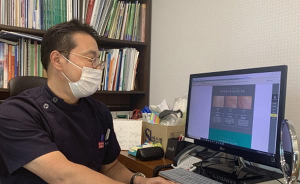 마스크로 심해진 염증성 여드름 해결책