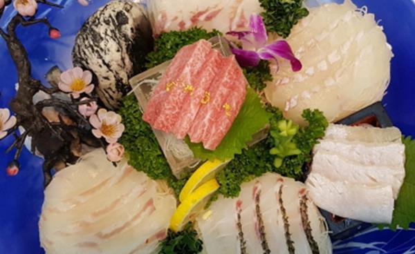 품격 있는 일식, 숙성회와 복요리 전문 '아카사카'