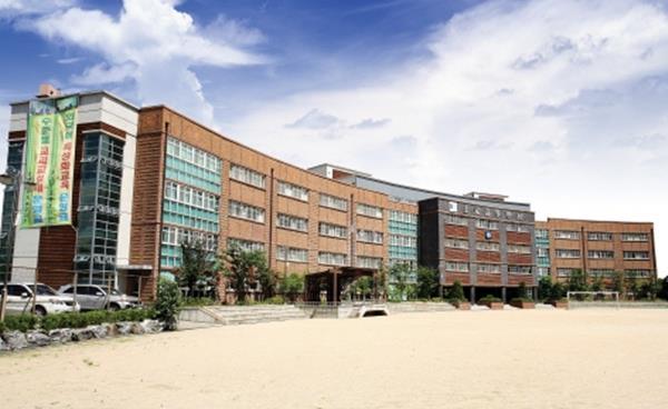 학교탐방_상원고등학교, 진로와 진학을 위한 다양한 과정 마련