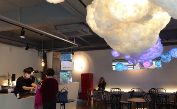 신사동 가로수길 구름 카페 '카페 엘 씨엘로'