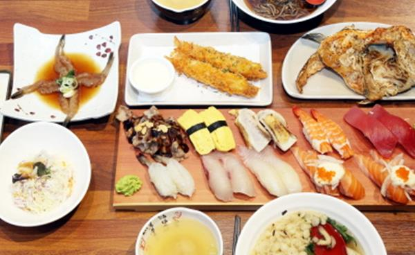 신선하고 두툼한 생선초밥을 이 가격에!