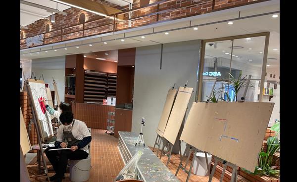 [Place] 이곳에선 나도 화가, 커피 마시며 그림 그려볼까?