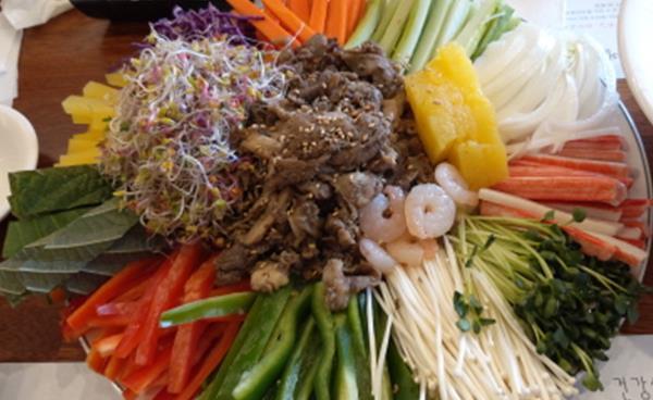 쌀국수가 맛있는 베트남요리전문점 '포몬스'