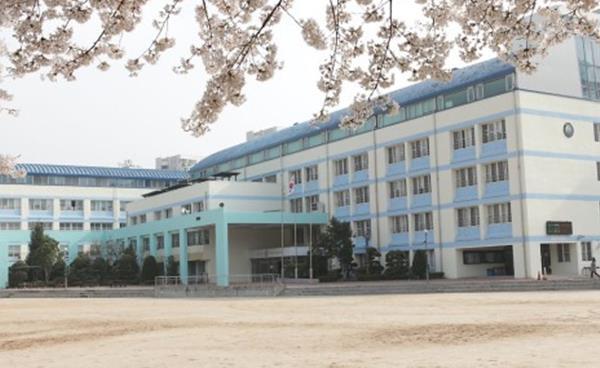 2021년 노원도봉지역 고교탐방 : 서울외국어고등학교