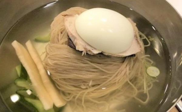 시원한 냉면과 건강식 어복쟁반 '평양면옥'