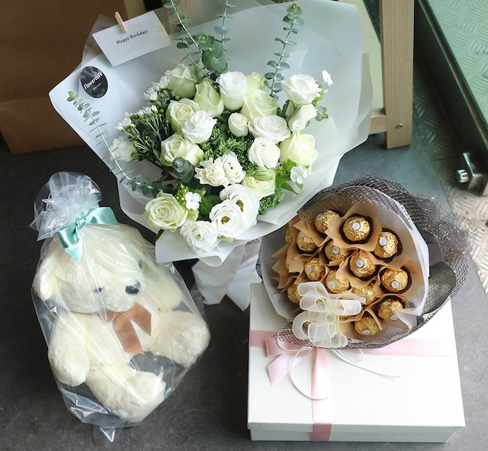 Flowers and Gifts delivered to Kpop star Jokwon