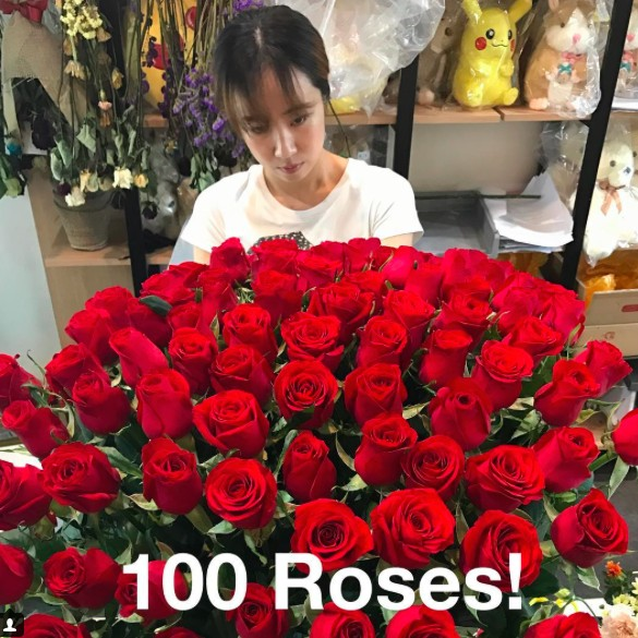 100 Red Roses Being Made in Korea