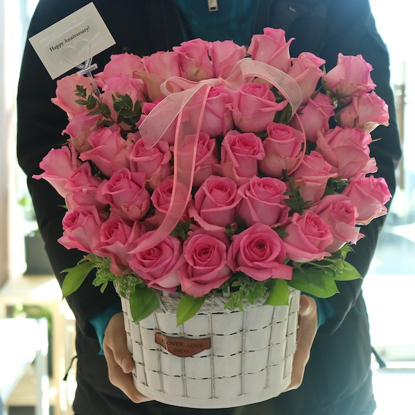Pink Rose Basket to Seoul South Korea