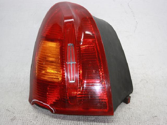 지파츠 자동차 중고부품 F8VD-13B505-AC 컴비네이션램프,후미등,데루등
