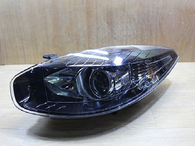 지파츠 자동차 중고부품 260600906R 헤드램프,전조등,헤드라이트