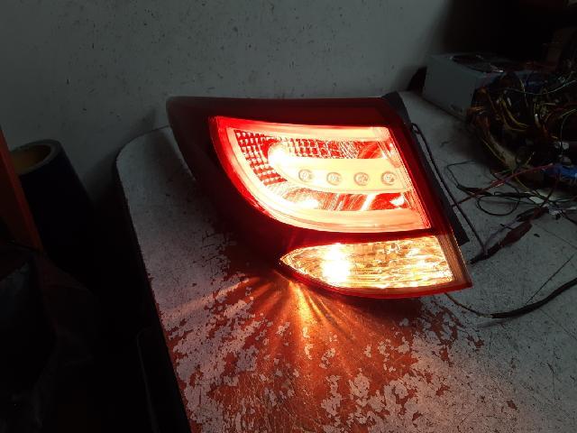 지파츠 자동차 중고부품 92401-2S000 컴비네이션램프,후미등,데루등