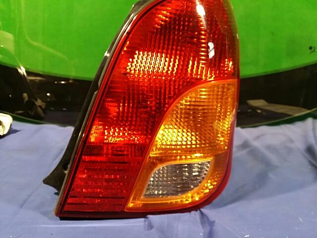 지파츠 자동차 중고부품 0K2C051060A 컴비네이션램프,후미등,데루등