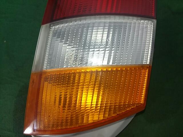 지파츠 자동차 중고부품 9240205100 컴비네이션램프,후미등,데루등