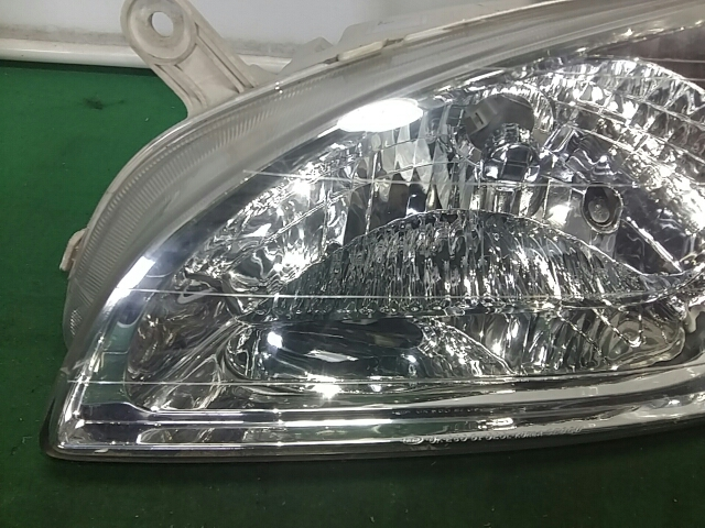 지파츠 자동차 중고부품 0K2C051040B 헤드램프,전조등,헤드라이트