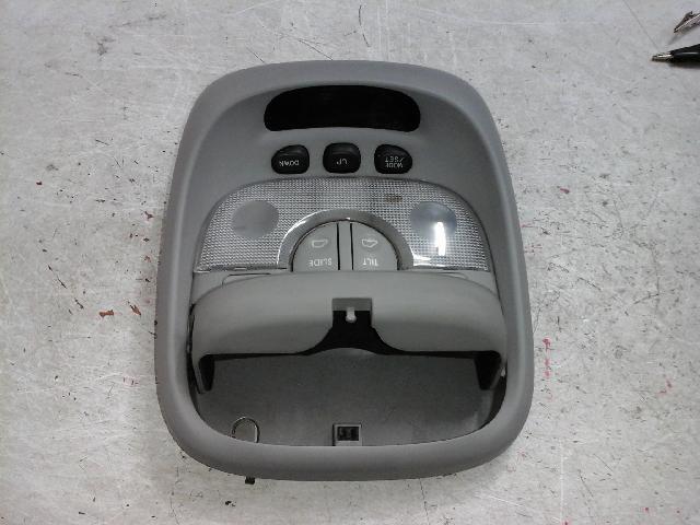 지파츠 자동차 중고부품 928003E0 실내조명등