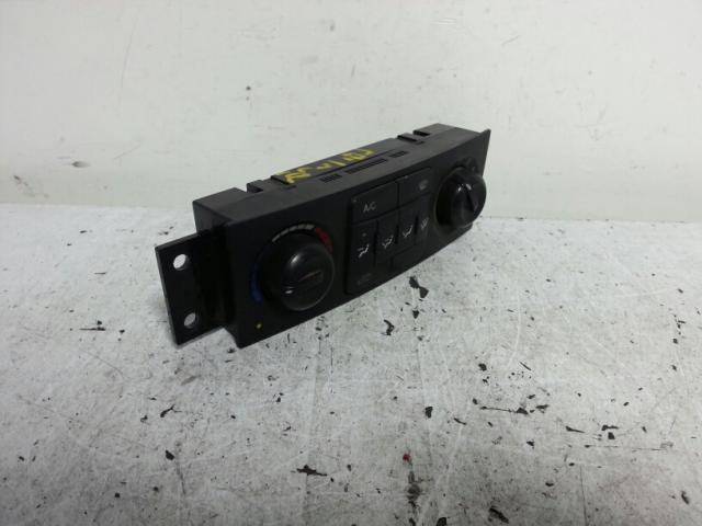 지파츠 자동차 중고부품 6870008010 히터에어컨컨트롤스위치