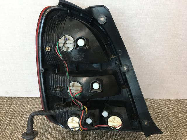 지파츠 자동차 중고부품 0K2C451150 컴비네이션램프,후미등,데루등