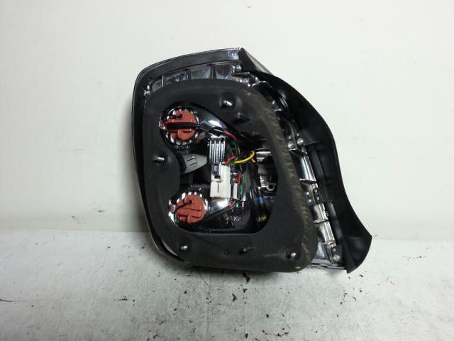 지파츠 자동차 중고부품 9240239600 컴비네이션램프,후미등,데루등