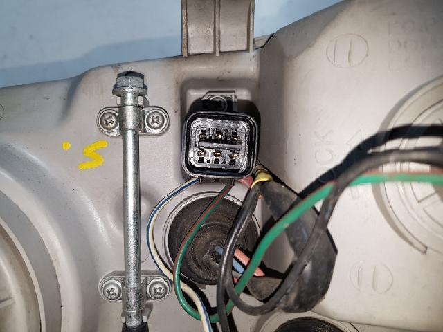 지파츠 자동차 중고부품 0K55351040D 헤드램프,전조등,헤드라이트
