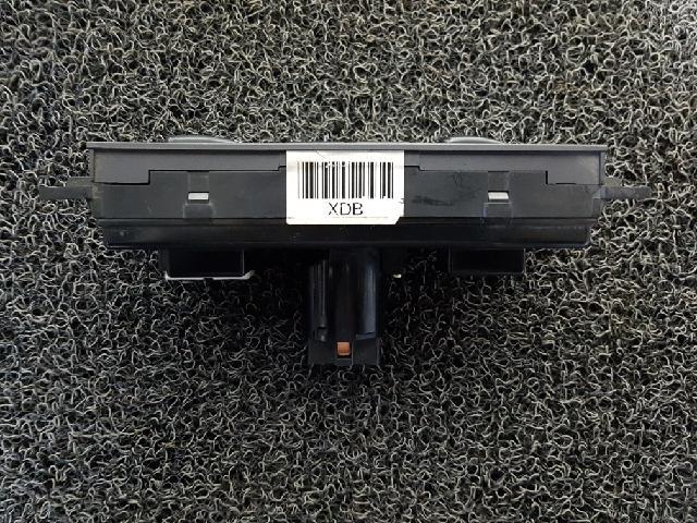지파츠 자동차 중고부품 97250 2D510AX 히터에어컨컨트롤스위치