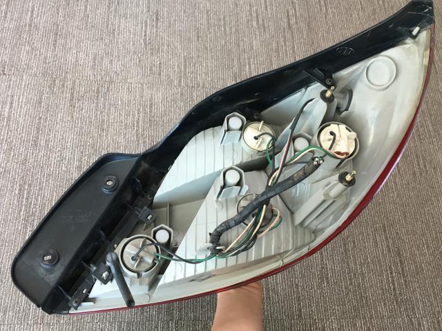 지파츠 자동차 중고부품 0K30C51160A 컴비네이션램프,후미등,데루등