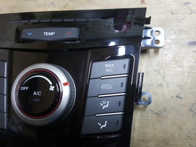 지파츠 자동차 중고부품 6871035000 히터에어컨컨트롤스위치
