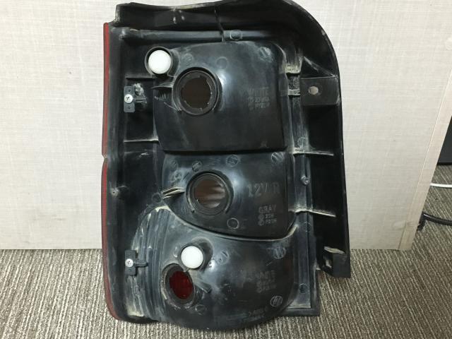 지파츠 자동차 중고부품 92402M3000 컴비네이션램프,후미등,데루등
