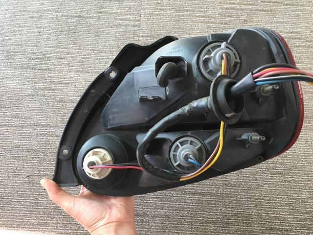 지파츠 자동차 중고부품 1041297 컴비네이션램프,후미등,데루등