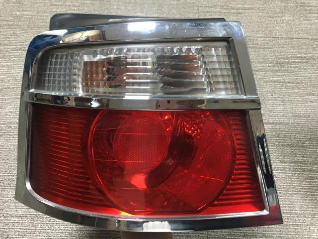 지파츠 자동차 중고부품 0K2M251160B 컴비네이션램프,후미등,데루등