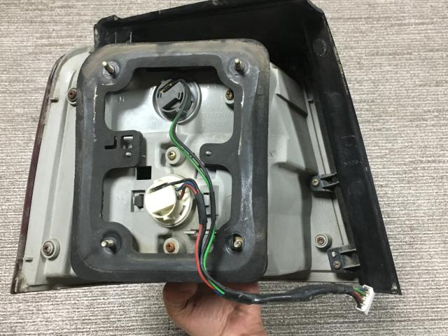 지파츠 자동차 중고부품 0K2FB51150A 컴비네이션램프,후미등,데루등